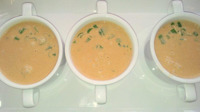 Zupa Tajska Z Mleczkiem Kokosowym