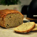 Chleb z ziemniakami i kminkiem